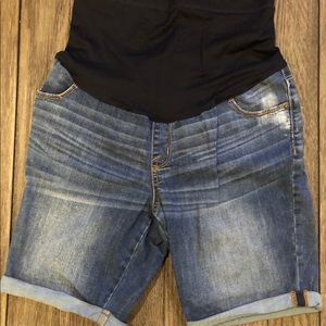 👶🏼 Maternity Jean Shorts
